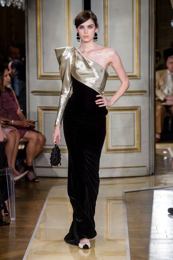 04fd6a4cf206b1 Défilé Giorgio Armani Haute Couture Automne-hiver 2018/2019 - Paris ...