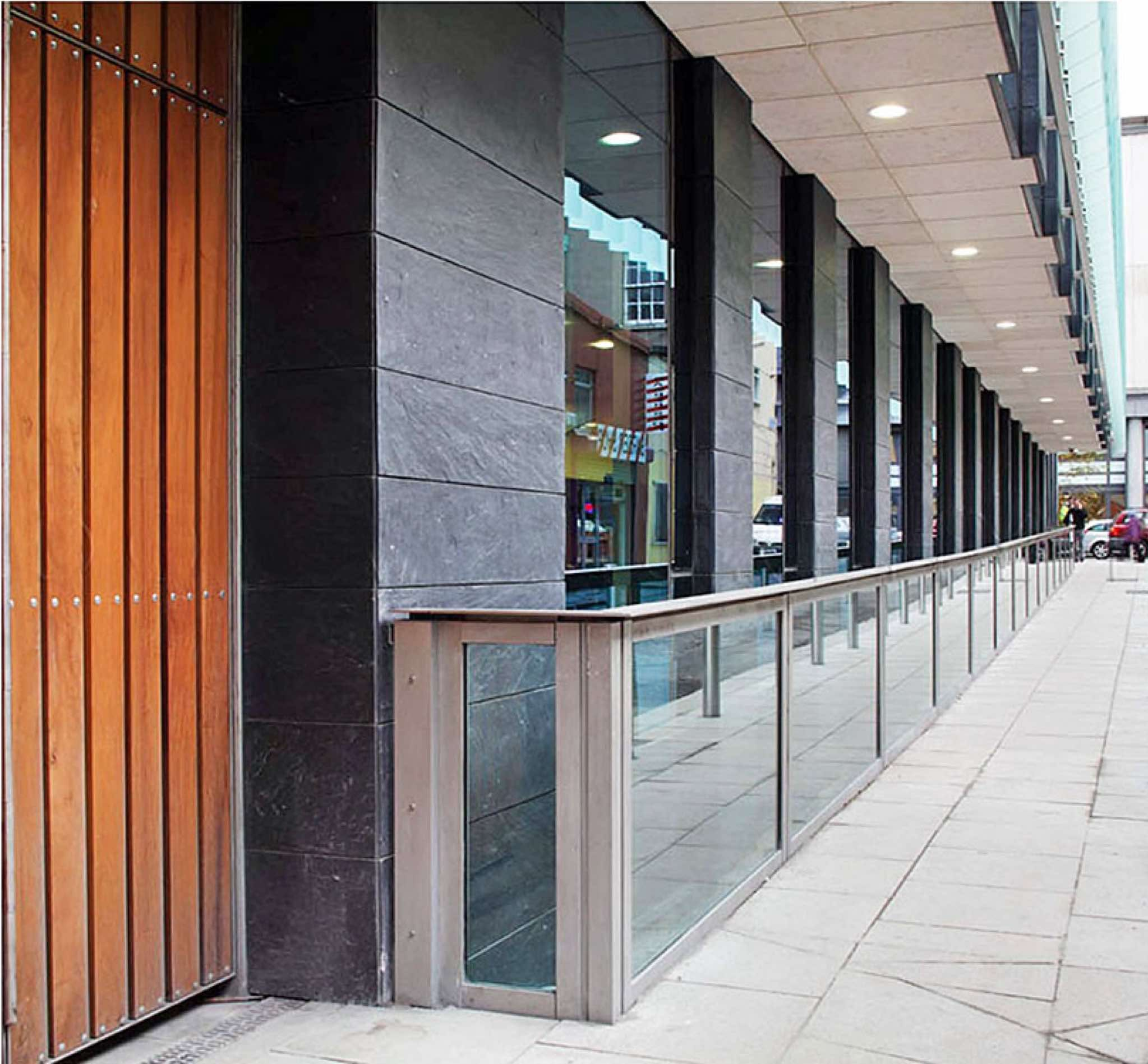 Glass Floodwalls And Glass Flood Barriers For Flood