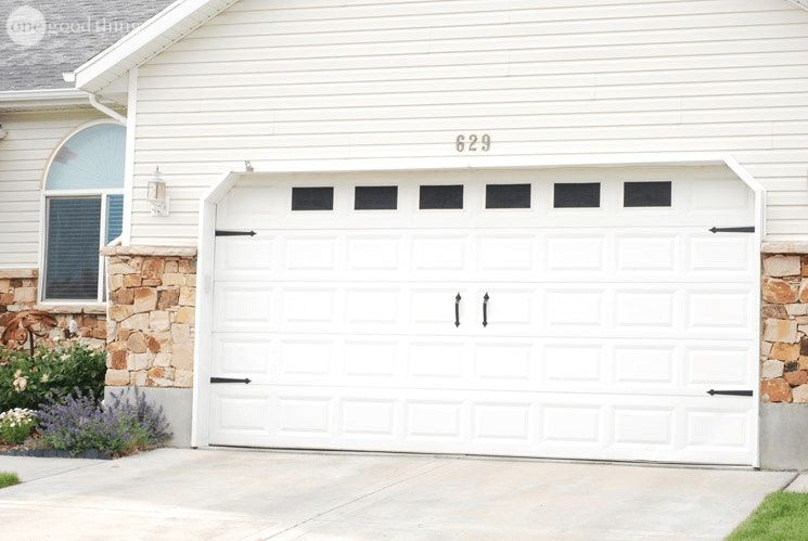 A Beautiful And Surprisingly Affordable Garage Door Makeover In 2020