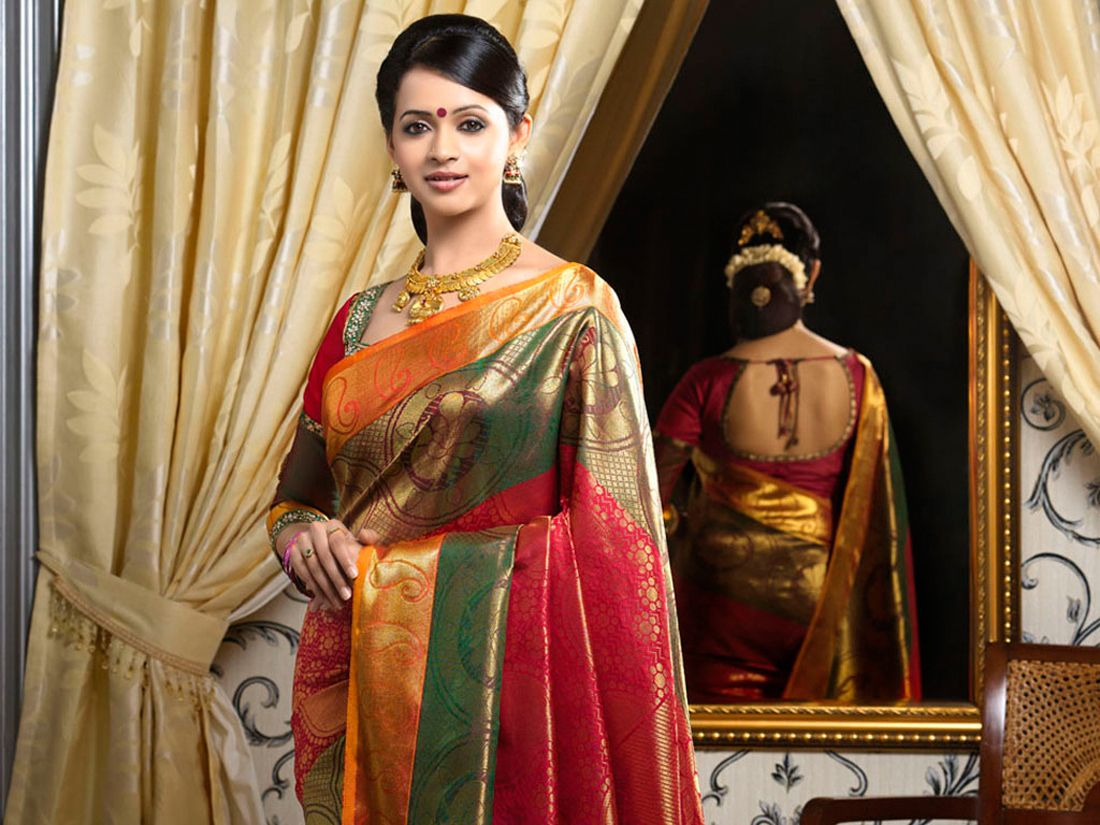 Actress bhavana photo shoot in saree 7g 1100825 saree online shopping for latest sarees in india kerala buy designer salwar kameez traditional sari collection with price from pulimoottil online kerala altavistaventures Image collections