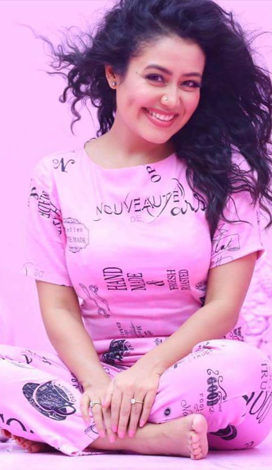 Indien Movie's Actress Or Famous Singer Neha Kakkar