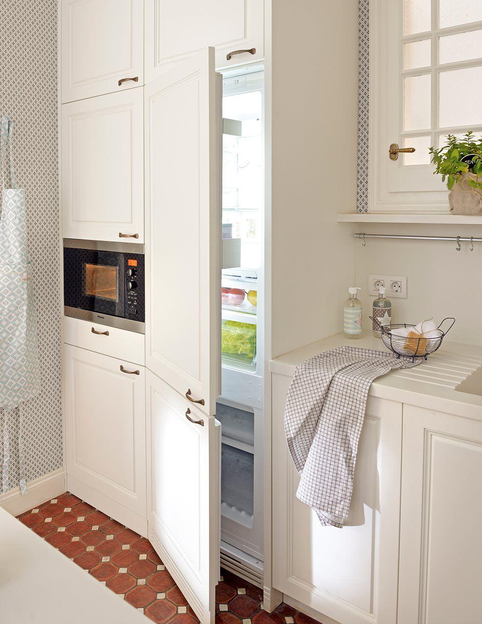 Una cocina pequeña... ¡y perfecta! · ElMueble.com · Cocinas y baños ...