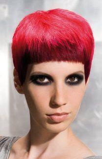 Kurze Glatte Haare Red Orange Hair Cuts Pixie Cut Und Red
