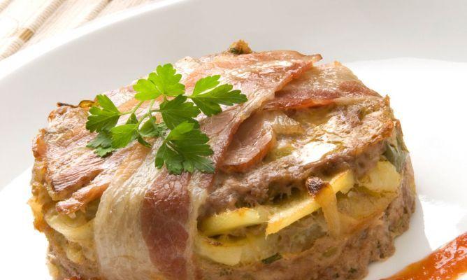 Receta De Pastelitos De Carne Picada Y Panaderas Karlos Arguiñano Pastel De Carne Picada Pastel De Carne Receta Platos Con Carne Picada