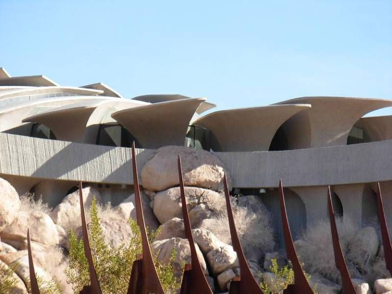 The Paragon Of Modern Organic Architecture, Ken Kellogg's Desert Home, Is On The Market for $3 Million. (60 Photos) - if it's hip, it's here