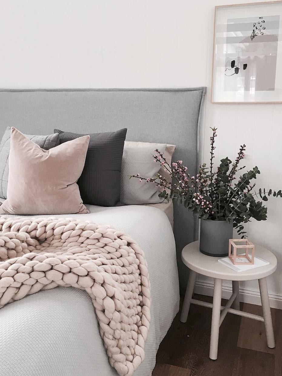 Combinaci n de colores y texturas muy acogedoras para un for Combinacion de colores para habitacion