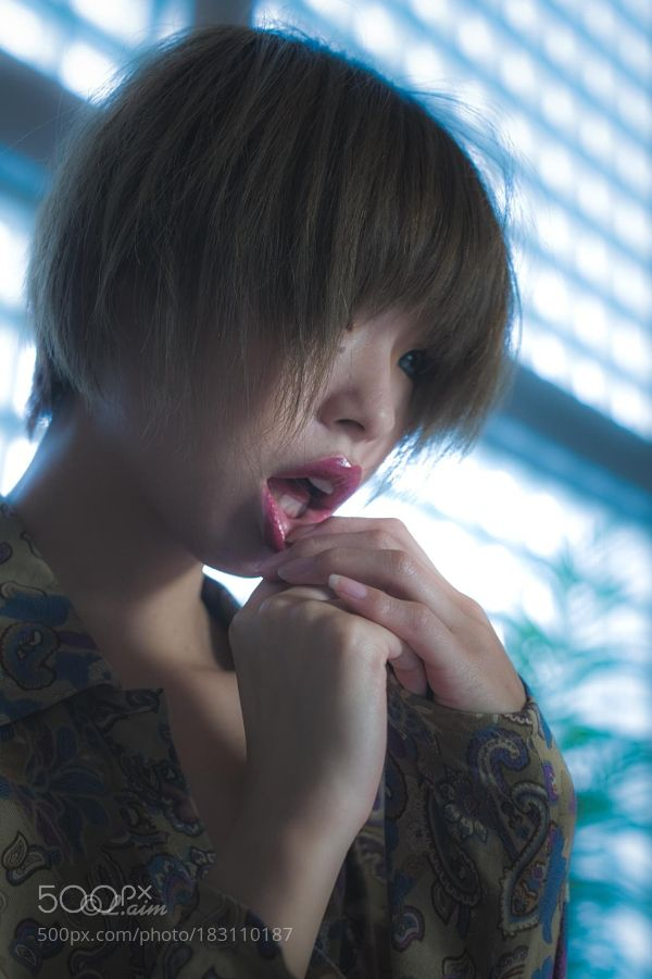 Kurumi - Pinned by Mak Khalaf Model info: Name: Kurumi Hoshino (星野くるみ) Web: http://bit.ly/2eWWnGE twitter: @kurumin_tuna Fashion portraitgirllightstudiofashionwomanmodelyoungcoolindoors by LaimKM