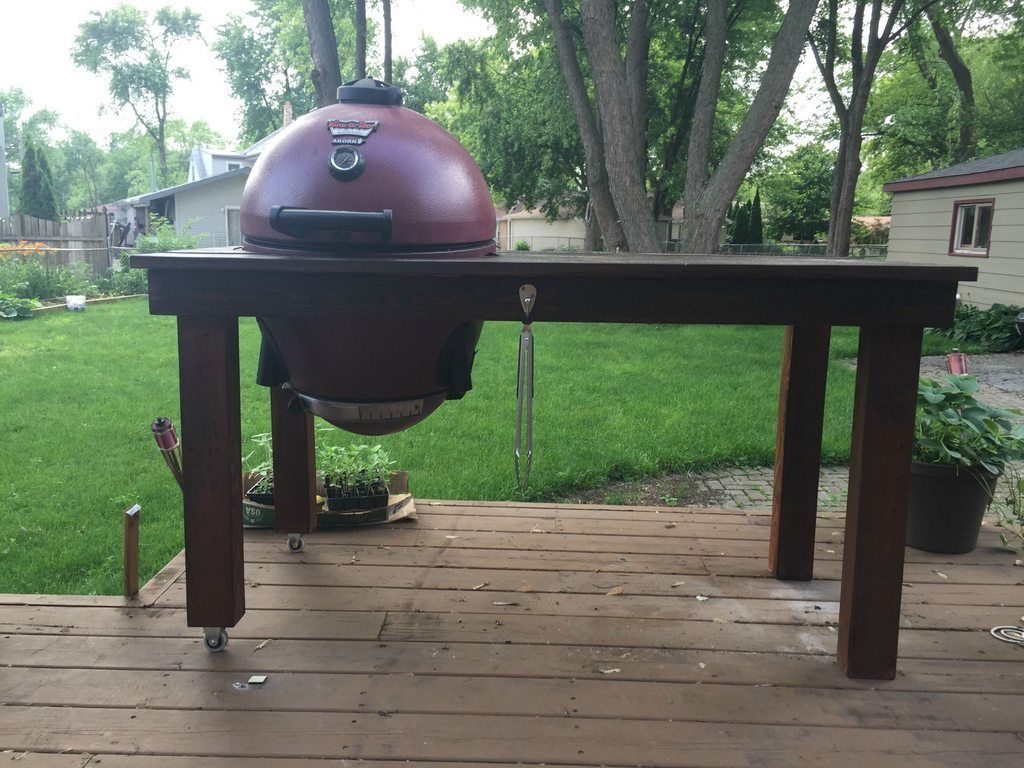 I turned a huge pallet into a table for my grill | Grill ...