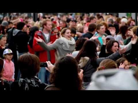 ▷ Let Mr Blue Sky In - Flashmob Cork City Ireland - YouTube