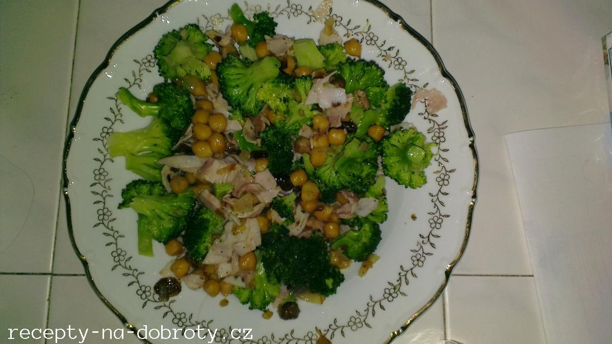 Fotka receptu Cizrna se šunkou a brokolicí po orientálsku, Autor: machalikj