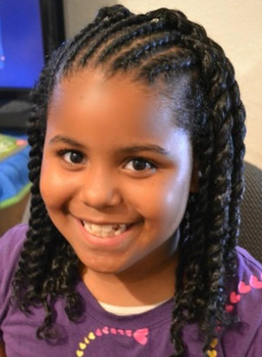 coiffures tress es cool pour les petites filles noires. Black Bedroom Furniture Sets. Home Design Ideas