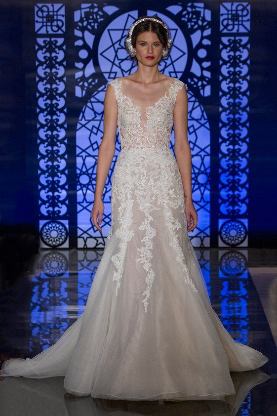 See the complete Reem Acra Bridal Fall 2016 collection.