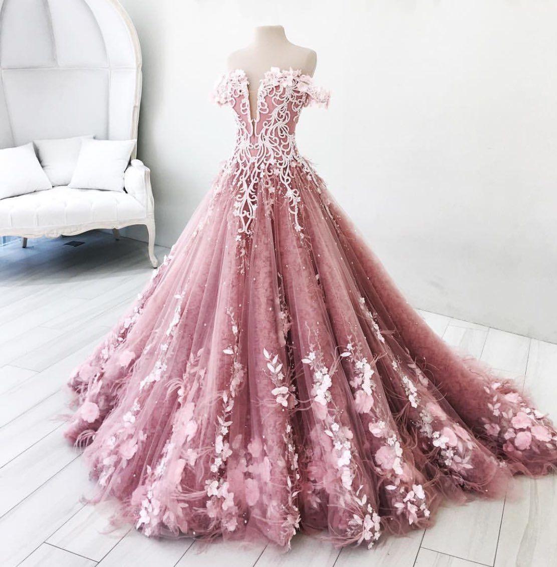 Pin von Aurora auf Dress | Pinterest | Ballkleider, Kleider und ...