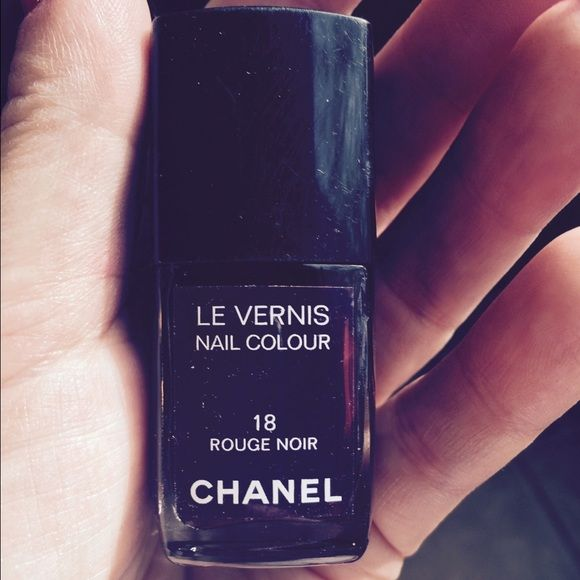 CHANEL NAIL POLISH Rouge Noir. Burgundy brown flat color no sparkle. CHANEL Makeup