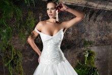 Uno de los vestidos de novia de Jordi Dalmau visto en nosotras.com