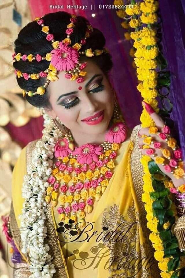 Bridal flower jewelry Wedding flower jewelry, Fresh