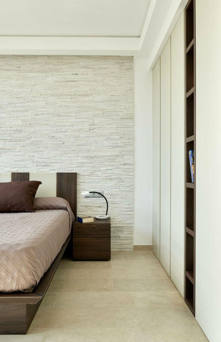 Wohnideen in Weiß & farbige Akzente für ein modernes Haus