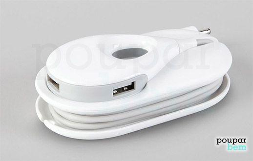 Carregador móvel com 3 portas USB