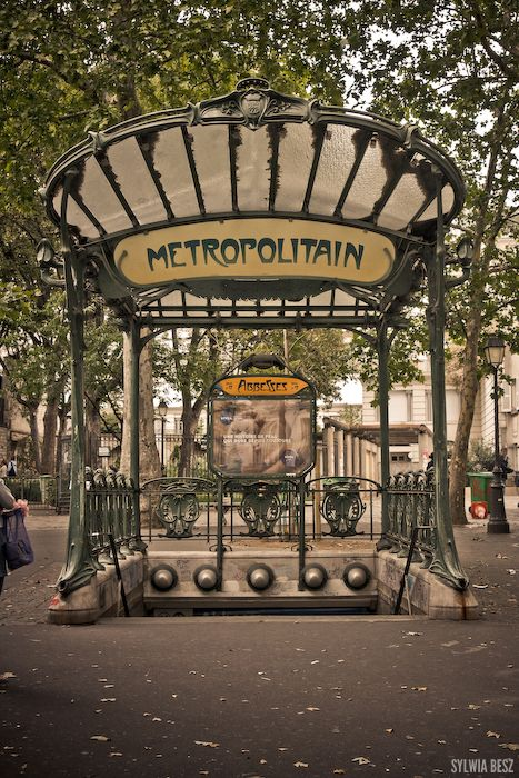 Abessess Metro stop - Montmarte, Paris