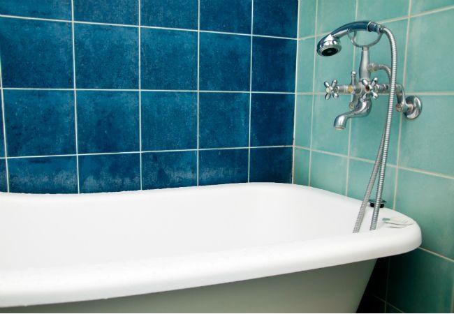 How To Get Rid Of Mildew Odor Mildew Odor Mildew Smell Mold In Bathroom