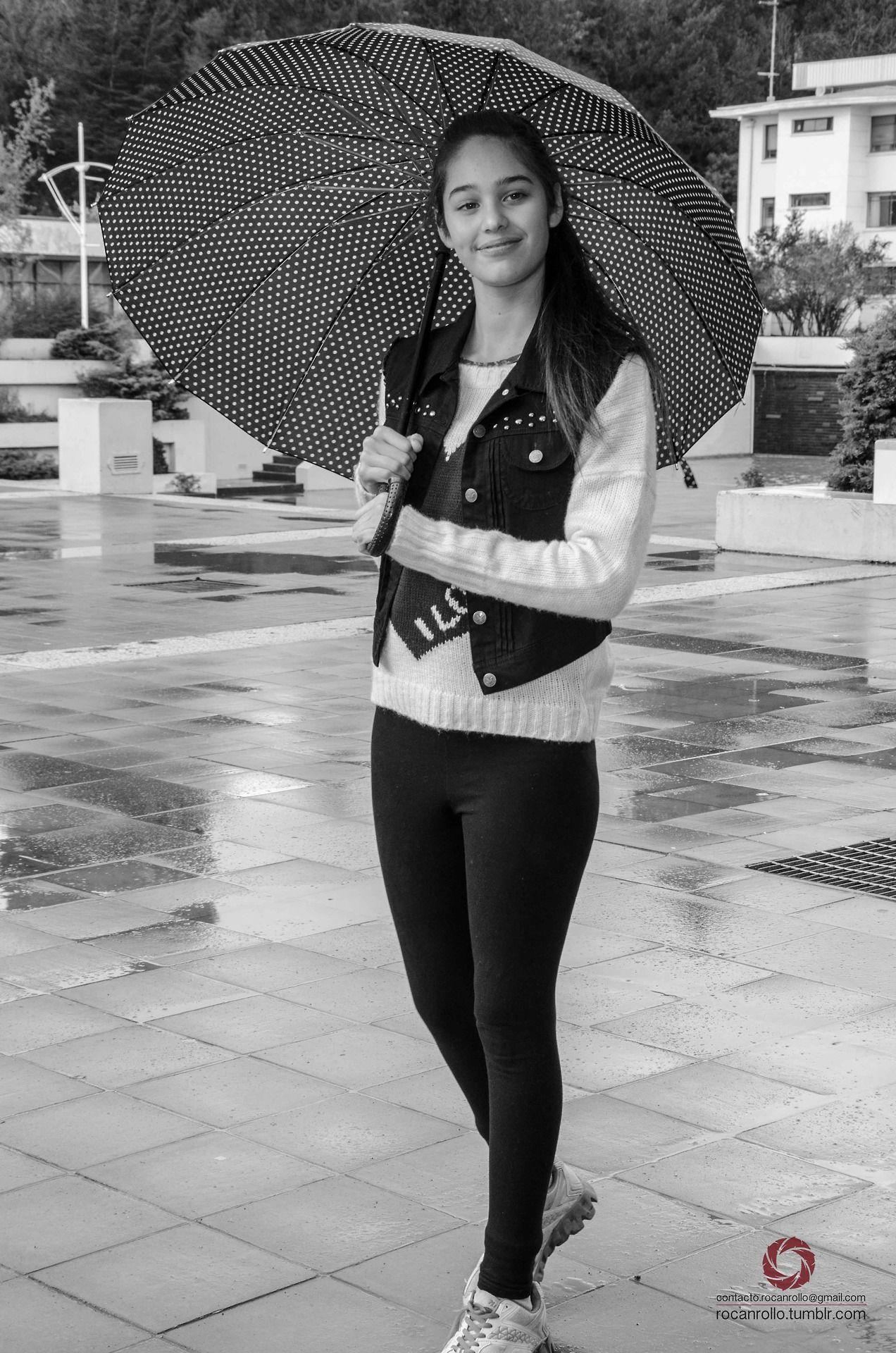 #fotografia #Byn #byw #moto #RocanRollo #Nikon #Concepcion #UdeC #Rain #Umbrella rocanrollo.tumblr.com