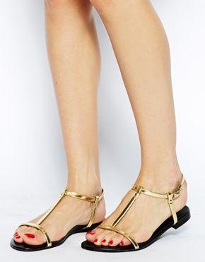 I want gold sandals!