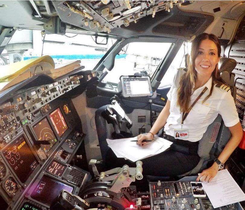Fluggesellschaft Pilot Frau