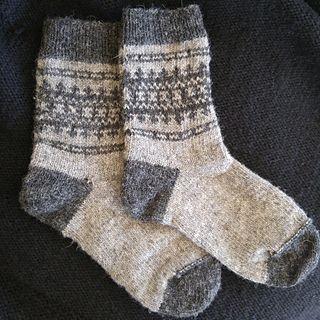 837d0c1b6 Free sock knitting pattern! Finial is a sturdy