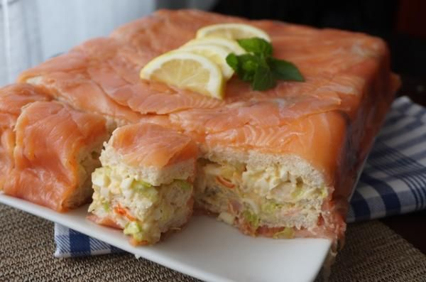 Receta de Pastel de salmón ahumado con pan de molde