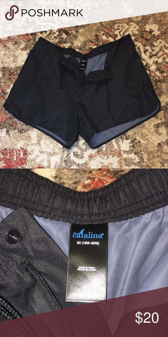 164e7b10545 Women's swim shorts Women's swim shorts . Not lined . Perfect to cover up  over one piece. Made by Catalina. Size 2X. Shorts has pocket on back.