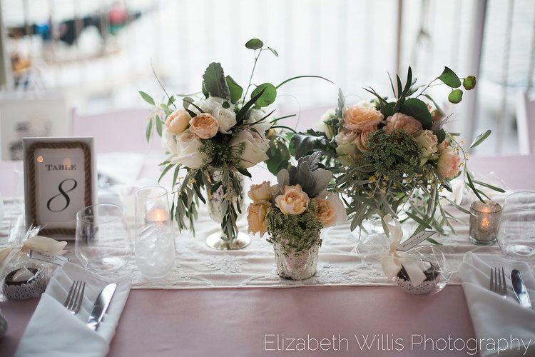 EWP-kateandmishaweddingflowers-30.jpg
