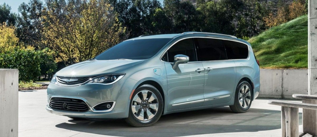 2017 Chrysler PACIFICA Is All New Minivan – PHEV Hybrid Luxury and