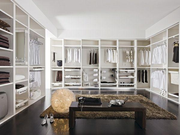 Fantastischer Weißer Begehbarer Kleiderschrank
