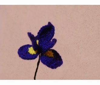 free crochet iris pattern crochetholic hilariafina pinterest Iris Flower Template Printable free crochet iris pattern