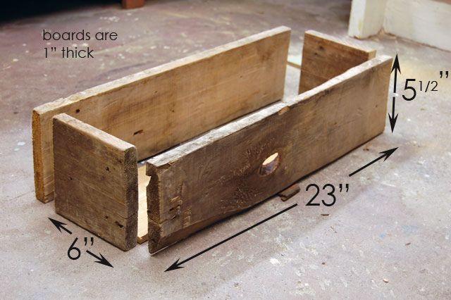 Vassoi In Legno Fai Da Te : How to build a simple rustic planter box. pinterest progetti fai