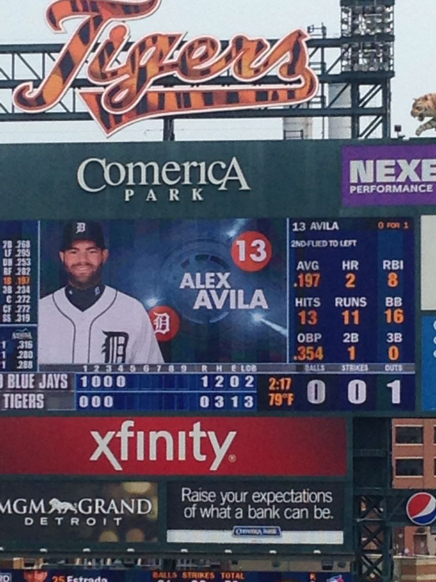 Alex Avila Hit and run, Martinez, Avila