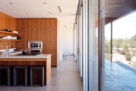 Awesome Desert House by Marmol Radziner in Desert Hot Springs, California 8
