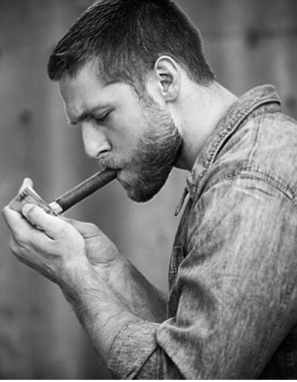 Hottest cigar men