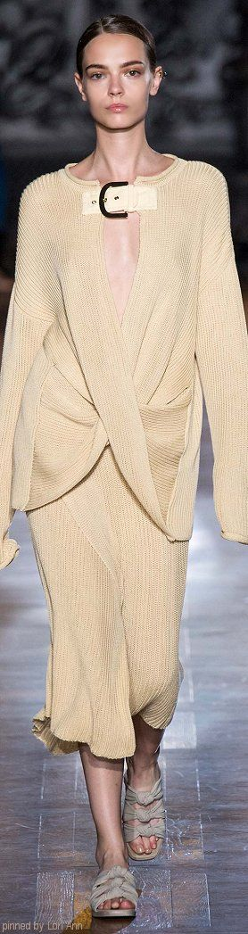 Stella McCartney Spring 2015 RTW, with a few nips and tucks this could be gorgeous!