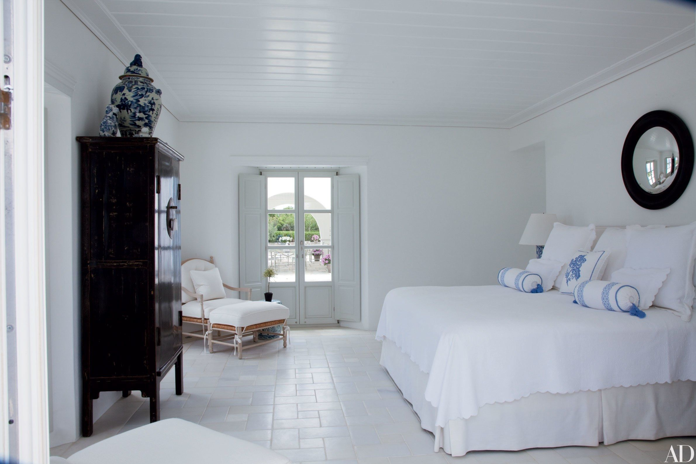 10 White Bedrooms Done Right bedroom designs