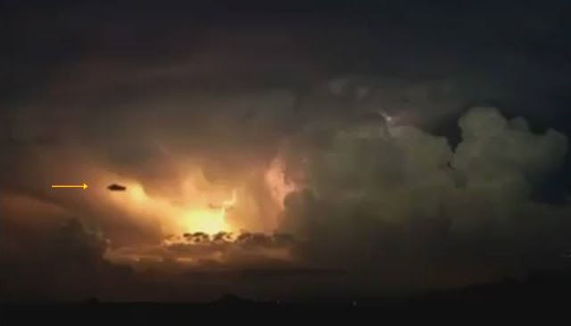 Jesus Foretells the Future: the first of the birth pains ...   Tiger Coming Out Tornado Lightning