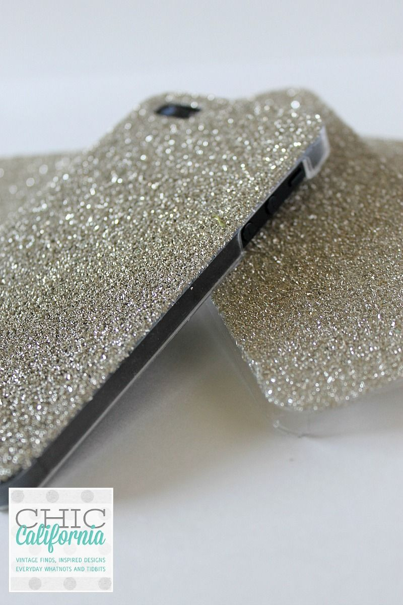 Great Tutorial from Chic California on Making a Glitter Phone Case f69c6fc9c53c