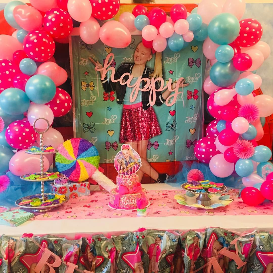 Jojosiwaparty jojosiwa ballooncascade th birthday party ideas th also today   jojo rh pinterest