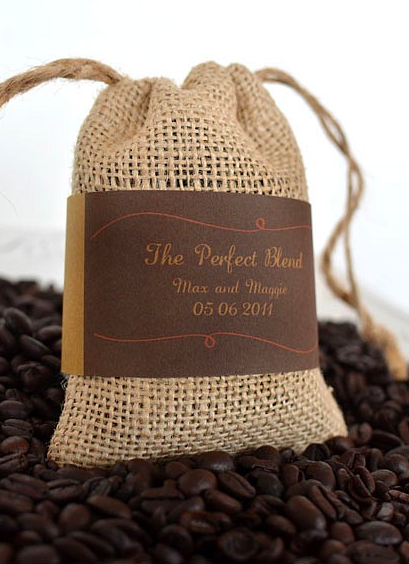 """""""The perfect blend"""" coffee wedding favors. Presh! Or maybe"""