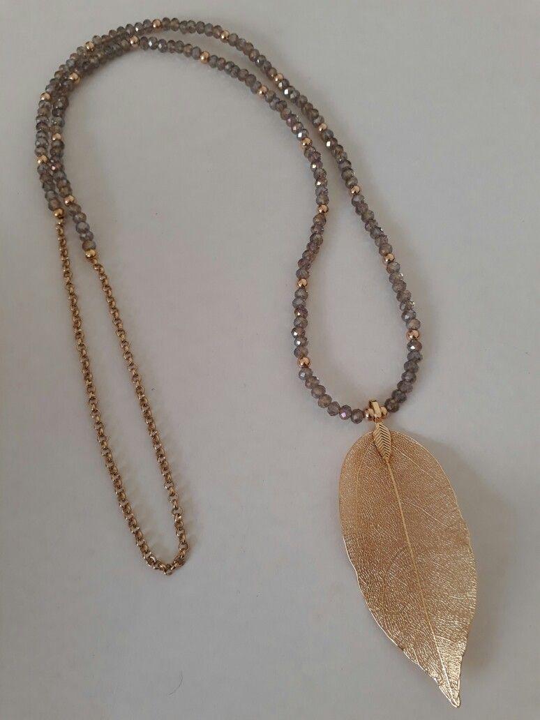 aa120ab16191 Collar de Creaciones Little Flower. Bisutería fina 100% artesanal ...
