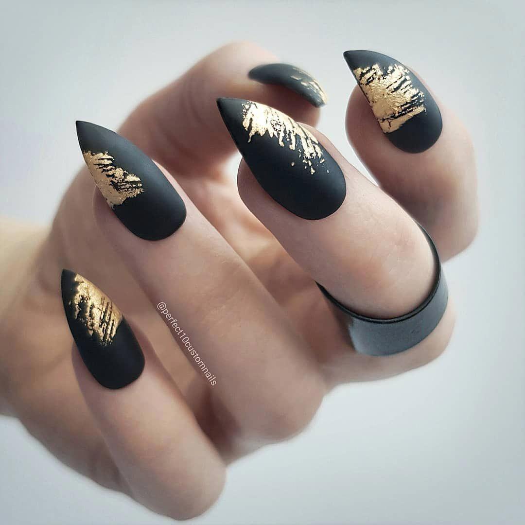 Gold Rush Acrylicnails Black Gold Nails Pointy Nail Designs Matte Nails Design