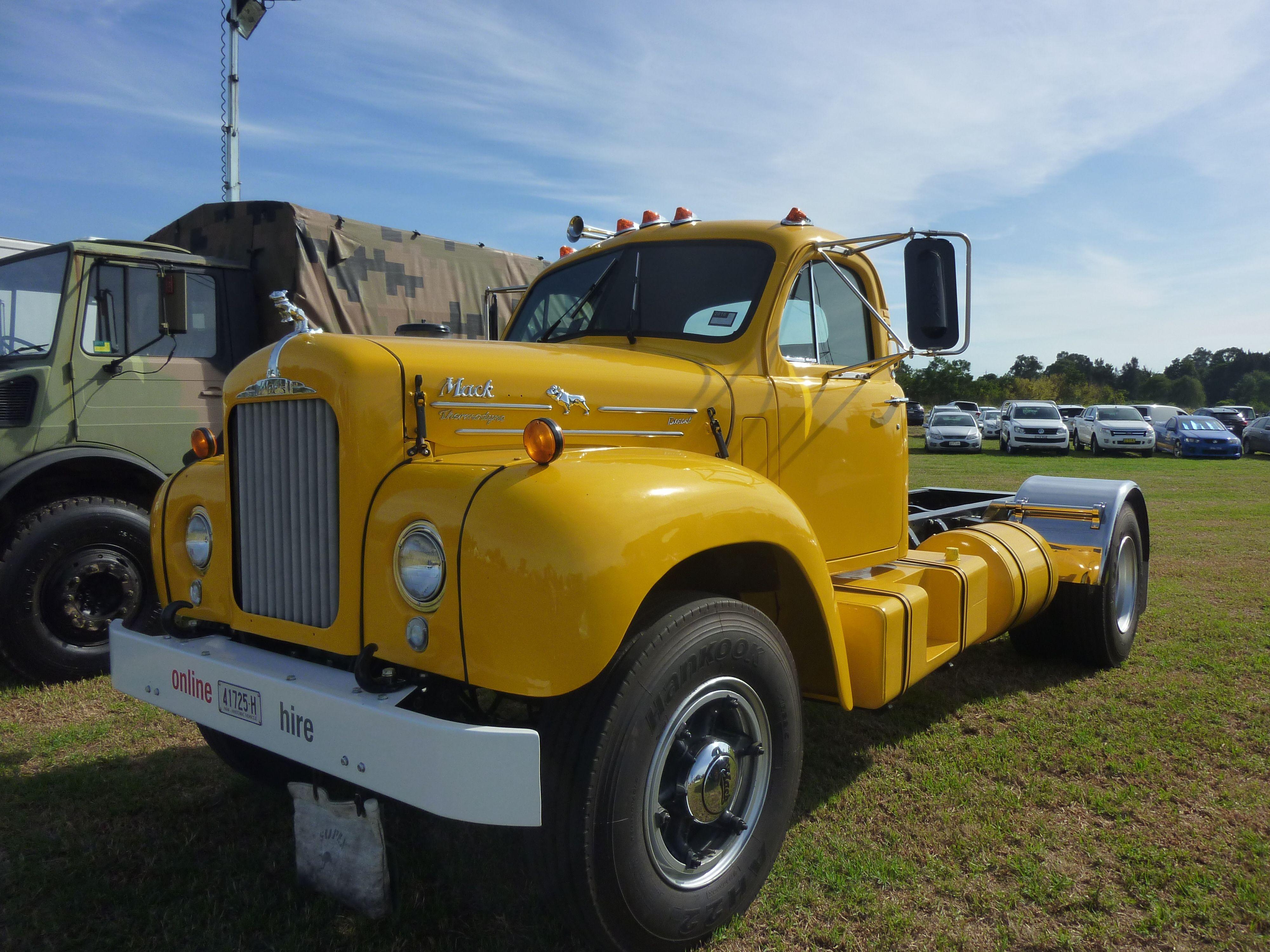 Mackb61 mack trucks big trucks classic trucks
