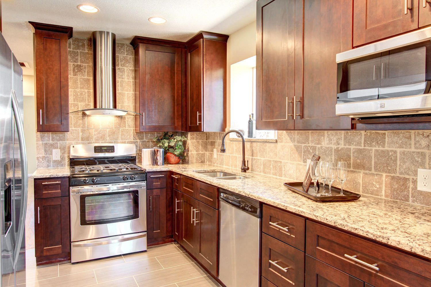 Best Jk Coffee Maple Nice With Gray Lake House Kitchen 400 x 300