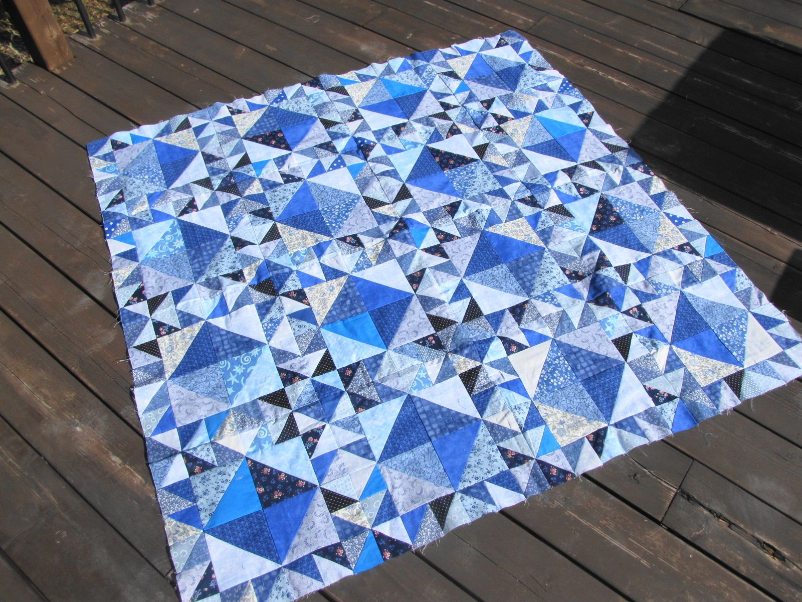 red small best u quilts quilt pinterest vintage scale white images on blue smart patch and amy star hummingbird color