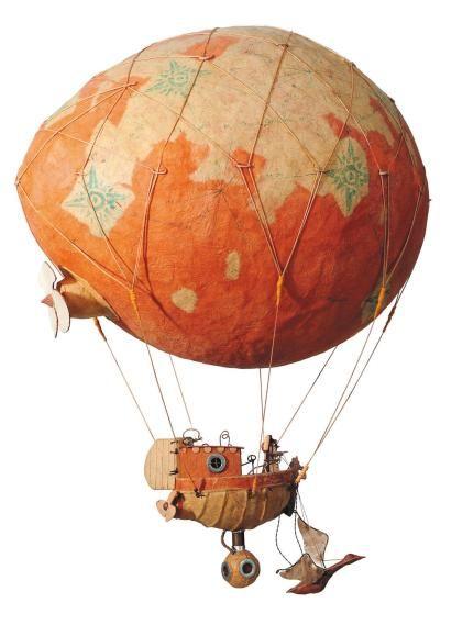 Merveilleux Cardboard Art Steampunk Airship Cardboard Sculpture